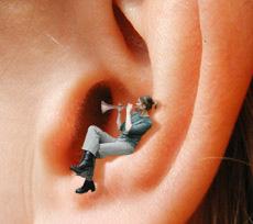 Tinnitus la urechi
