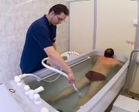 Tratament naturist cu jet de apa