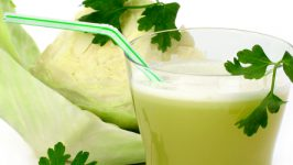 Suc de varza pentru afectiuni gastro-intestinale